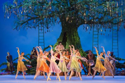 Artists of The Royal Ballet in Christopher Wheeldon's The Winter's Tale cROHJohan Persson, 2014