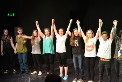Macrobert Youth Theatre 4 Performs